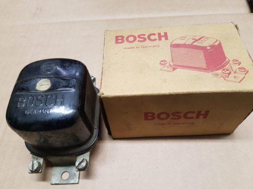 311903803C Voltage regulator, 12v 160 Watt