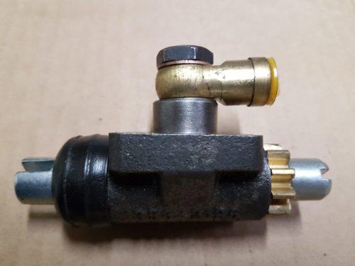 69535151200 Brake cylinder