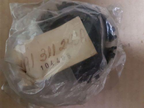 091311243A Clutch gear, 1st and 2nd speeds