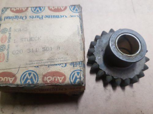 020311501A Reverse gear