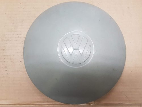111601151 Hub cap, 5 hole mounting, primered