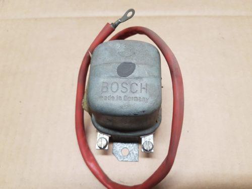 311903801 Voltage regulator, 6v 50A