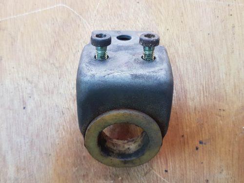 93042403100 Bearing bracket
