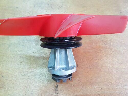 028121035B Water pump K70 with fan