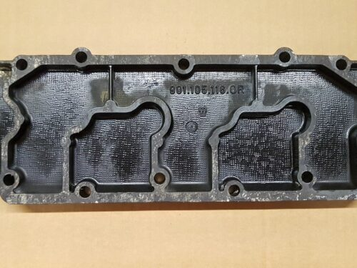 93010511600 Cover camshaft housing