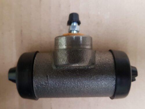 211611047F Brake cylinder