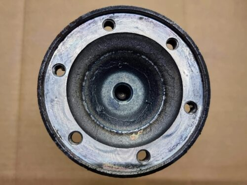 211501265 Wheel shaft